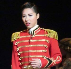 松岡修造の娘松岡恵が宝塚でスターに!コネで学校に入学?芸名についても調査!